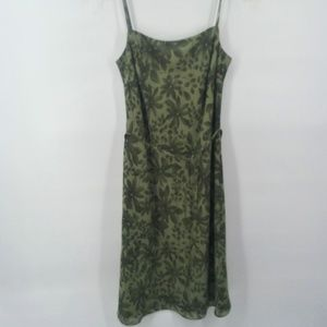 Ann Taylor LOFT green leaf pattern dress sz 4